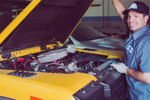 Perché affidarsi ad un meccanico professionista per la manutenzione dell'auto?